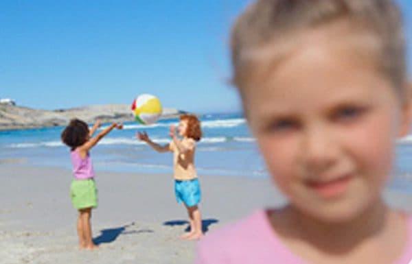 Как воспринимает мир ребенок с дальнозоркостью