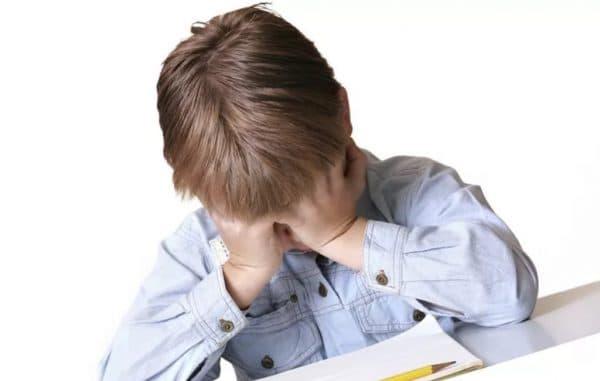 Головная боль и ячмень на глазу у ребёнка