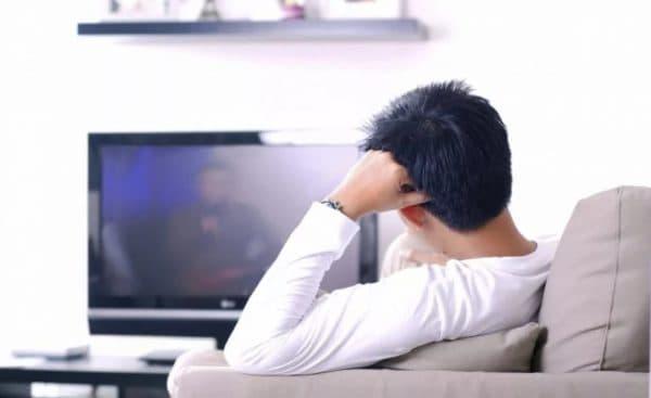 Длительный просмотр телевизора